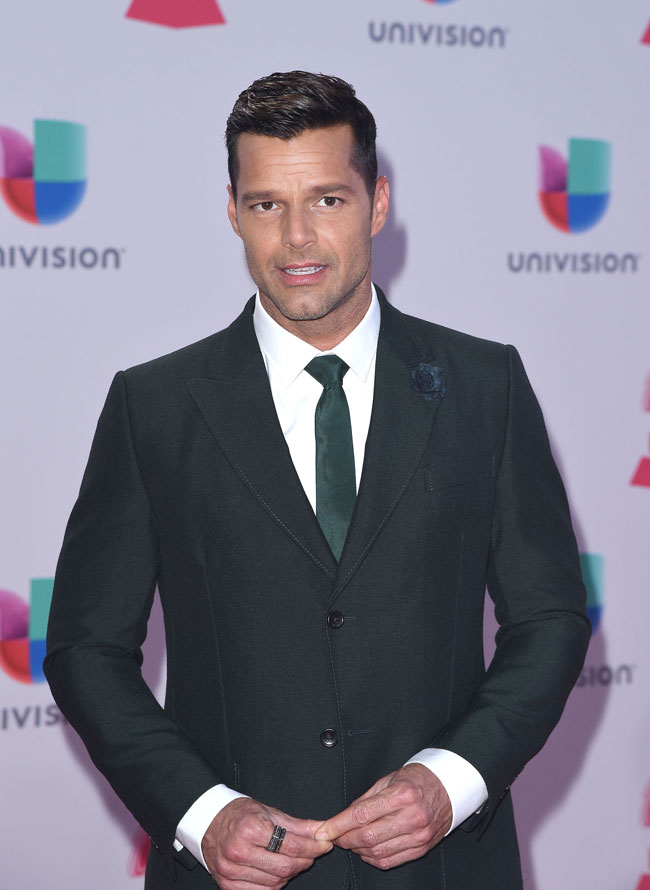 Ricky Martin apoya a Hillary Clinton