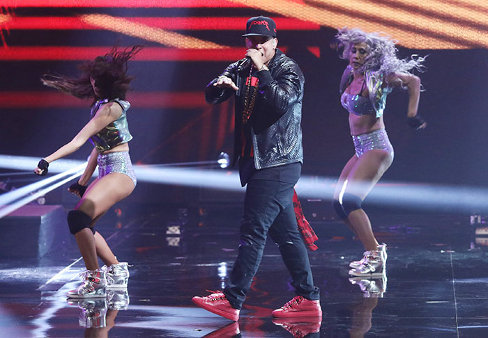 Miralos, Daddy Yankee