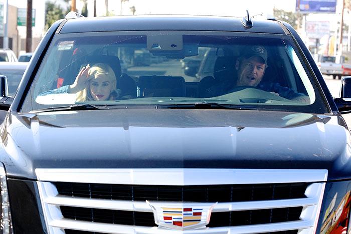 Miralos, Gwen Stefani, Blake Shelton