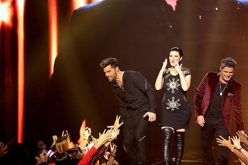 Ricky Martin, Alejandro Sanz, Laura Pausini, Míralos