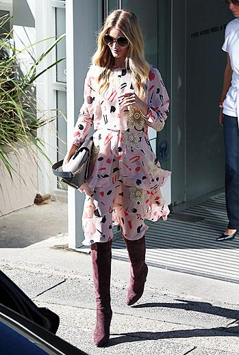 Rosie Huntington, boots