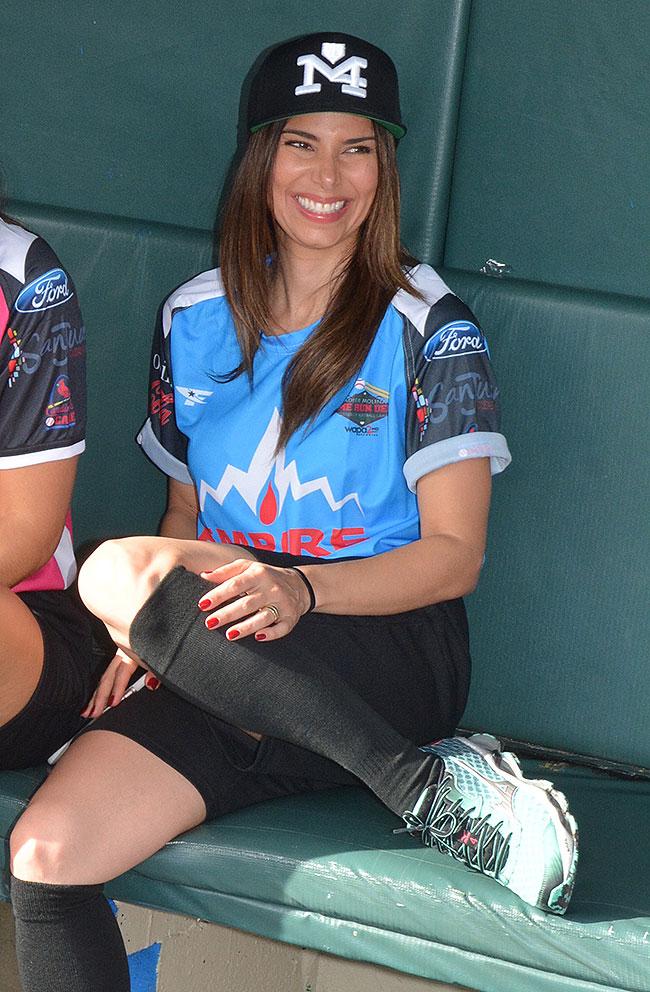 Roselyn Sánchez, Míralos