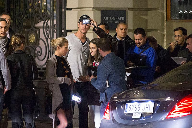 Chris Hemsworth, Míralos