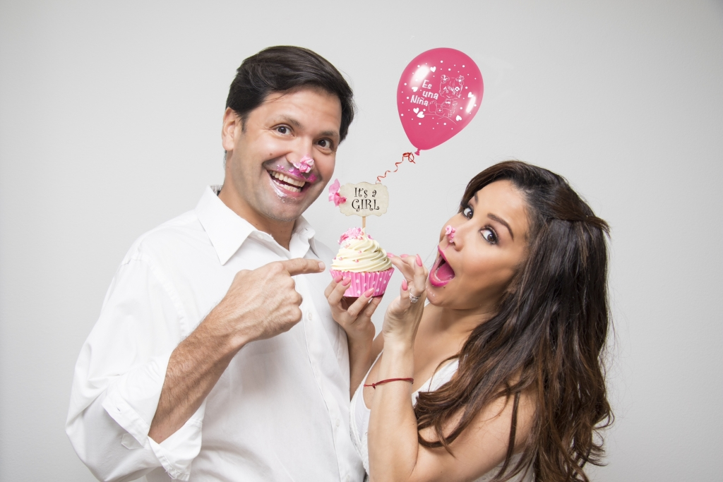 Carolina Sandoval y su esposo
