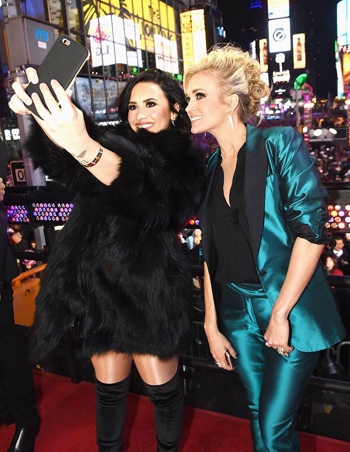 Demi Lovato, Carrie Underwood