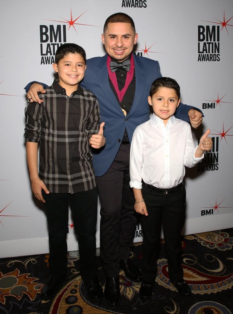 Larry Hernandez Jr.,Larry Hernandez y Sebastian Hernandez