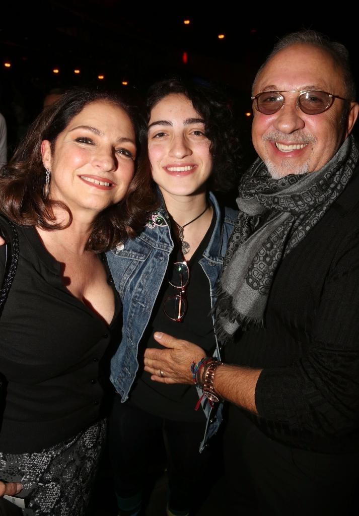Gloria, Emily y Emilio Estefan