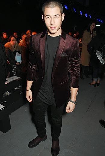 Miralos, Nick Jonas