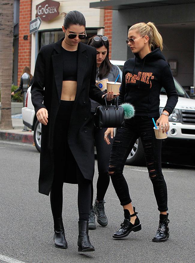 Hailey Baldwin, Kendall Jenner, Míralos
