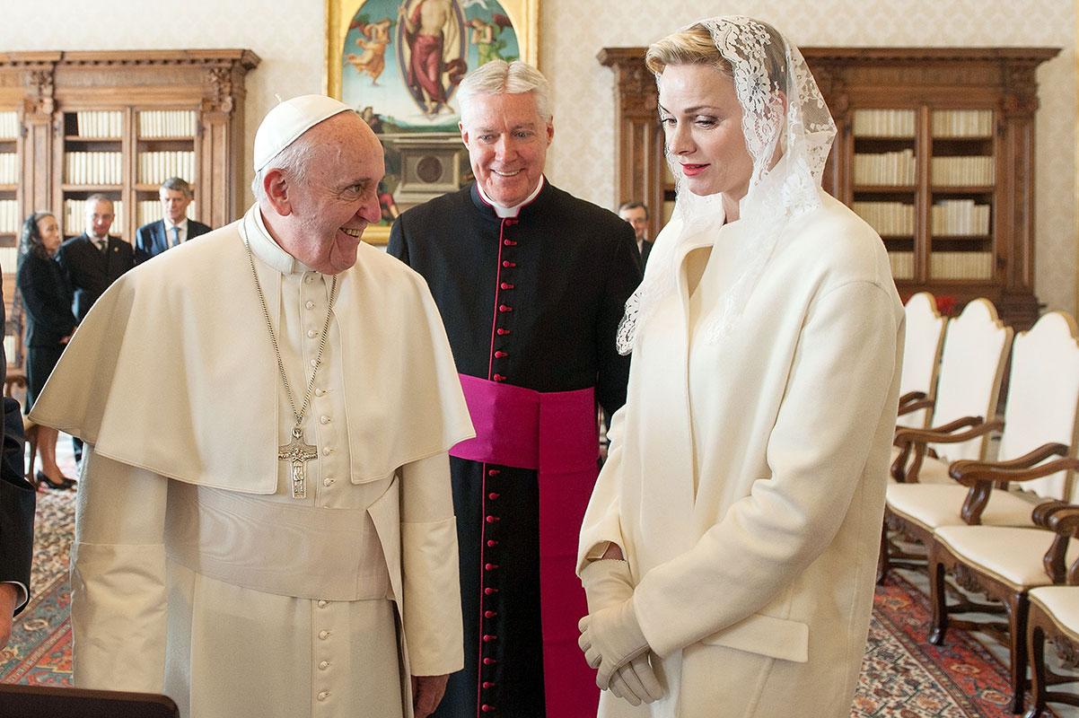 Princesa Charlene, Papa Francisco, Míralos