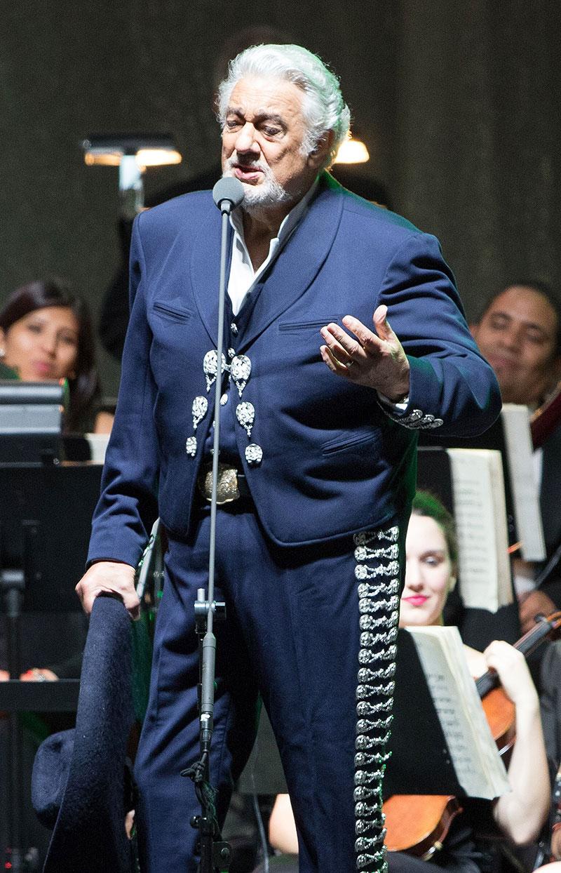 Miralos, Placido Domingo