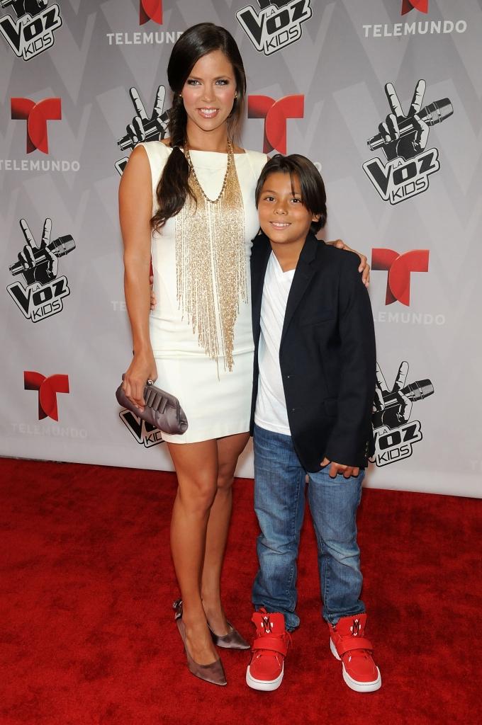 Ximena Duque y su hijo Cristan Carabias