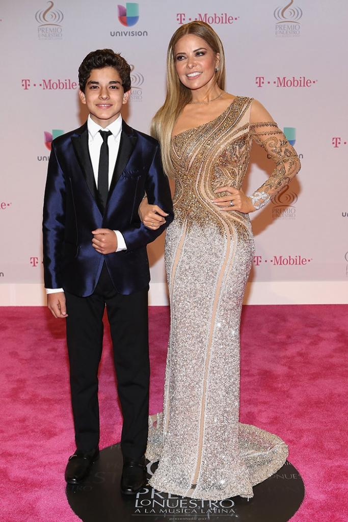Gloria Trevi y su hijo Ángel Gabriel