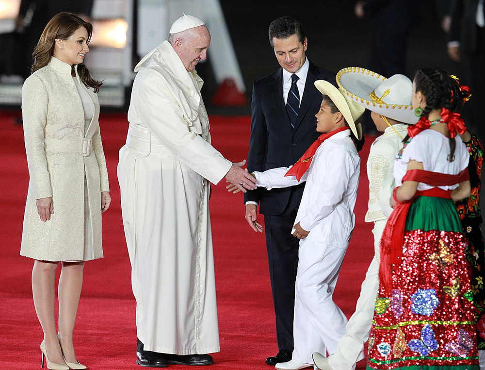 Enrique Peña Nieto, Angelica Rivera, Papa Francisco