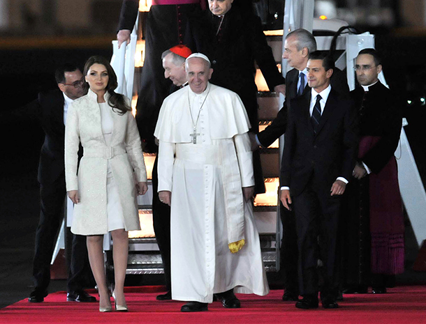 Angélica Rivera, Enrique Peña, Papa Francisco