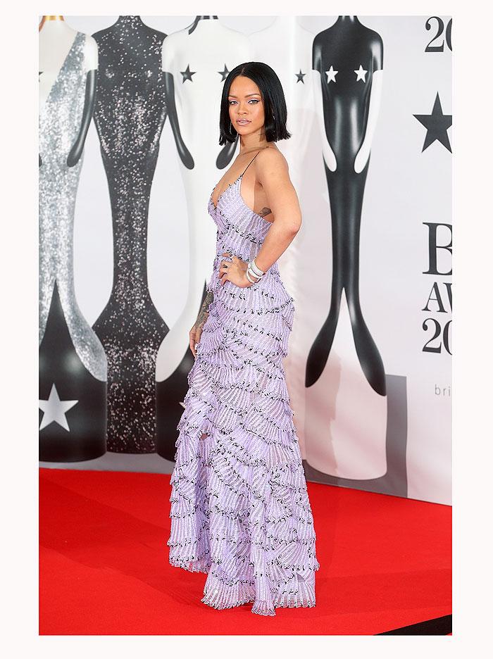 Rihanna, look del día