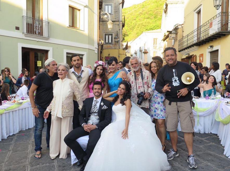 Listos, cámara y una linda boda.