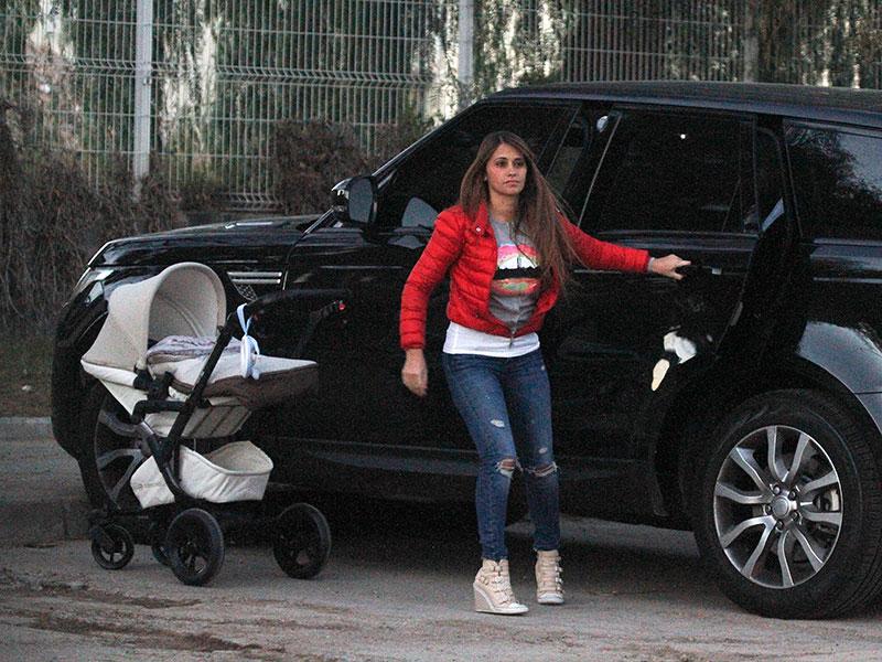 Antonella Rocuzzo, Míralos