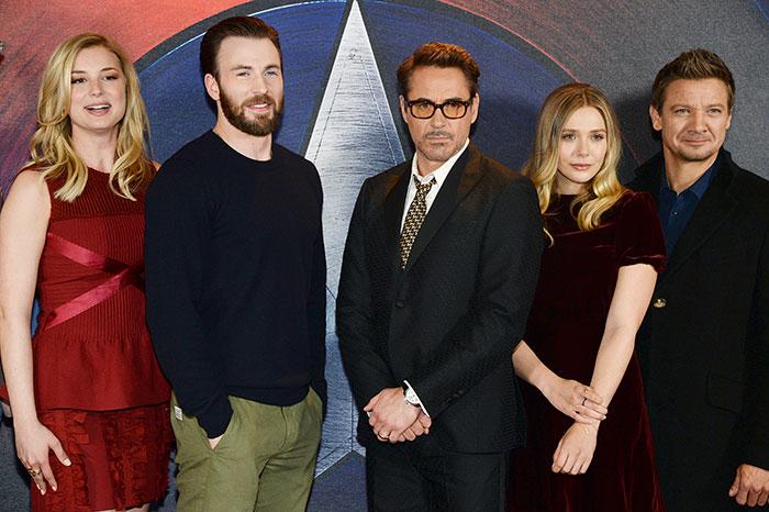 Emily Vancamp, Chris Evans,Robert Downey Jr., Elizabeth Olsen, Jeremy Renner