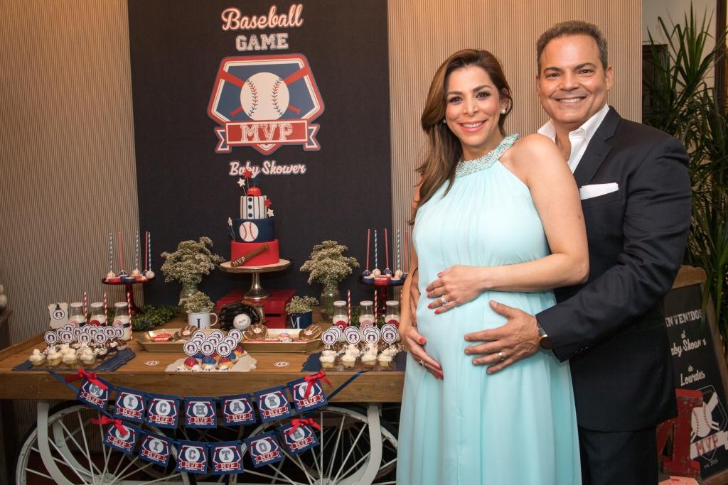 Lourdes Stephen y su esposo Michael Puchades