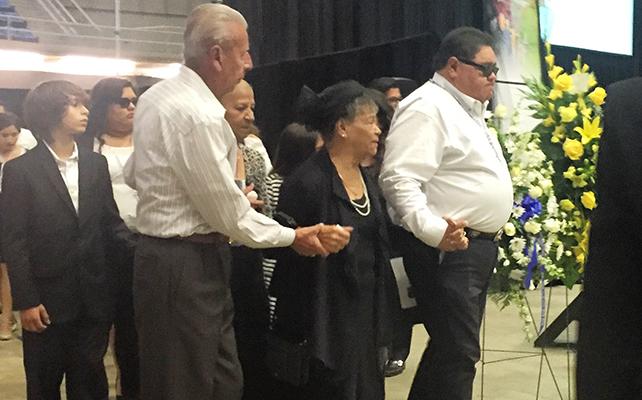 Familiares de Emilio Navaira