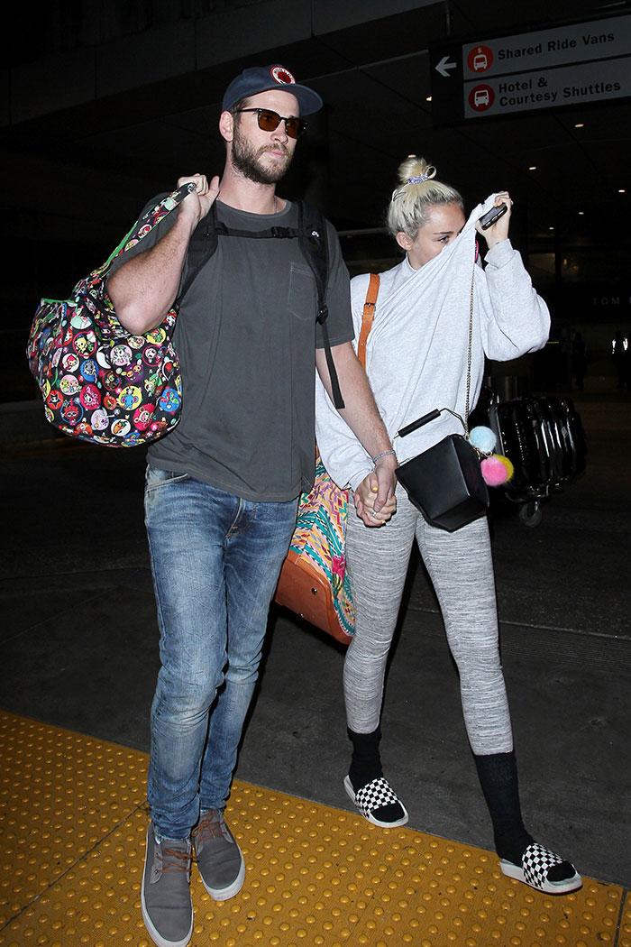 Miley Cyrus , Liam Hemsworth