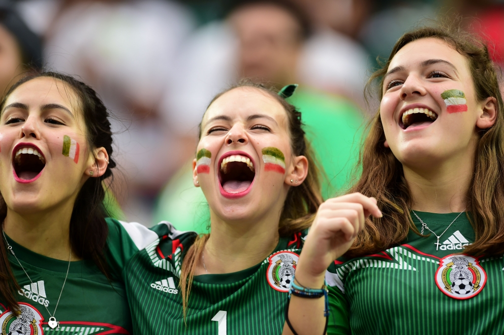 Seguidoras de la selección mexicana