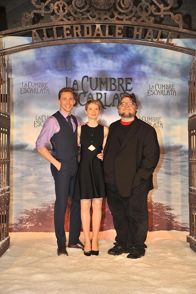 Tom Hiddleston, Mía Wasikowska Guillermo del Toro