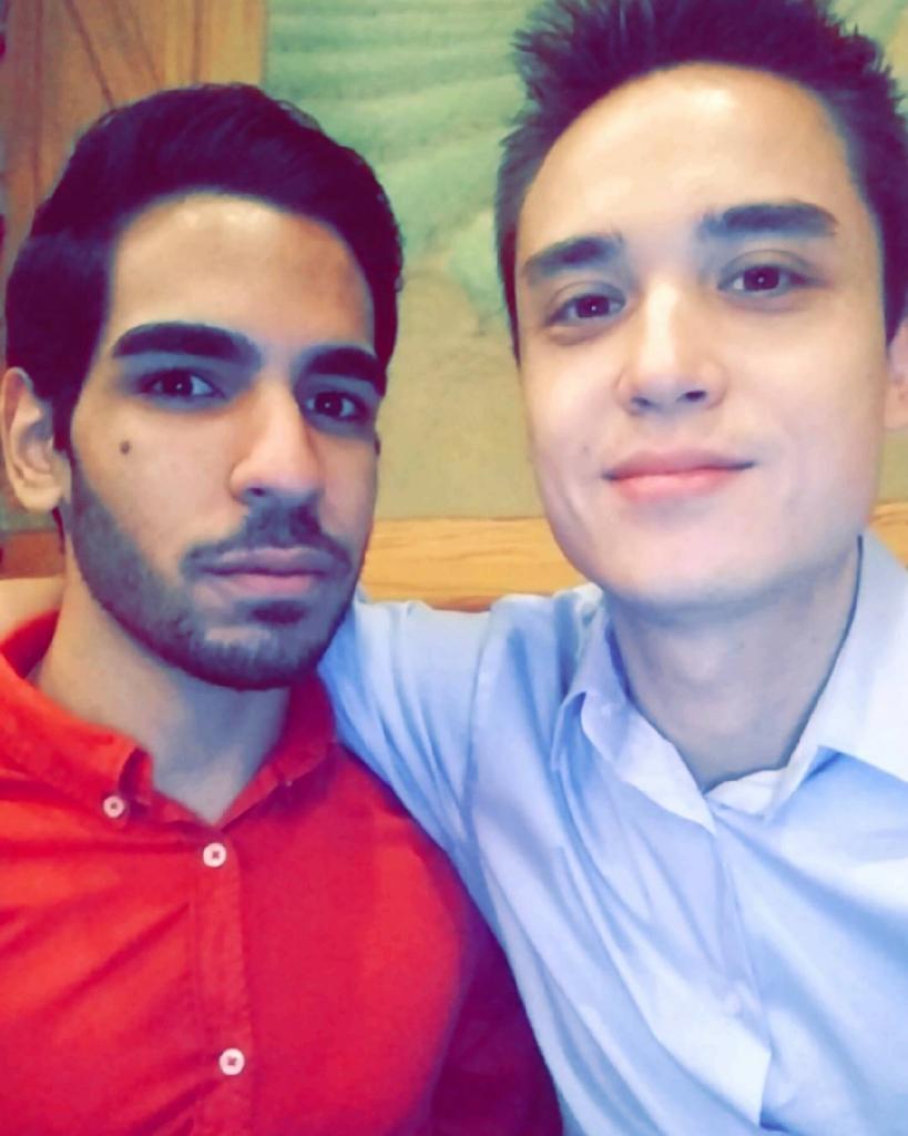 """Juan Ramón Guerrero y Christopher """"Drew"""" Leinonen"""