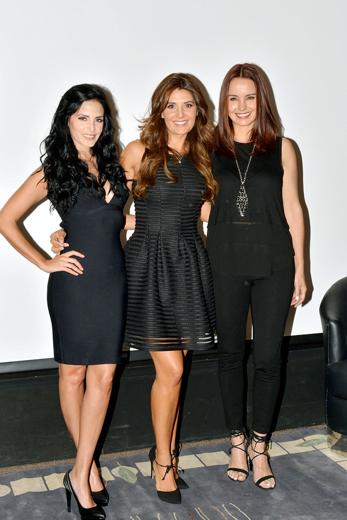 Mayrín Villanueva, Alejandra Barros, Ximena Herrera