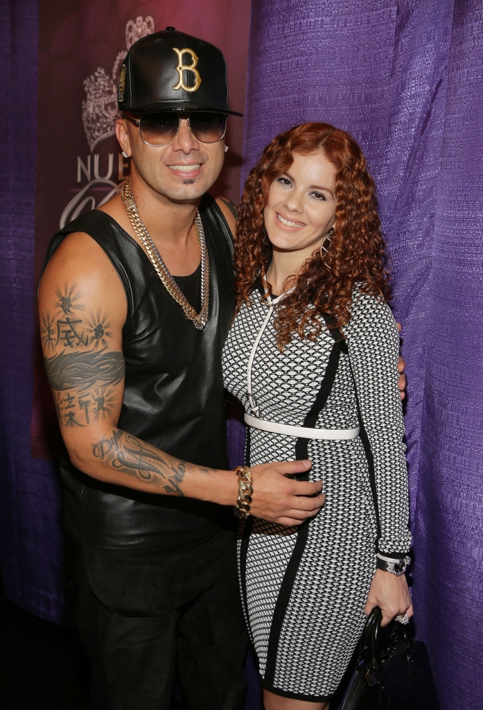 Wisin and Yomaira Ortiz
