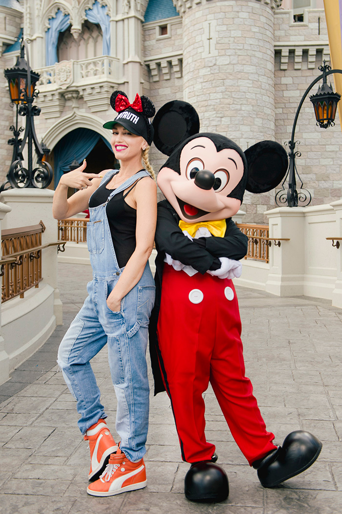 Gwen Stefani, Mickey Mouse