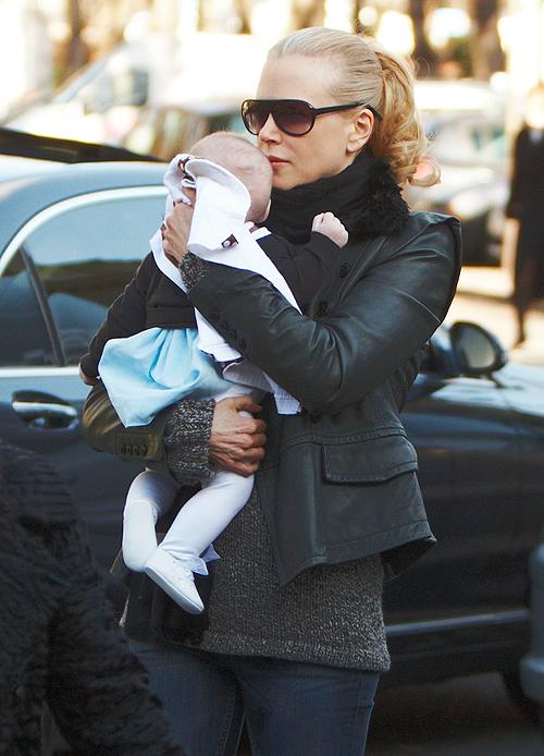 Nicole Kidman, Sunday Rose, Madre a los 40