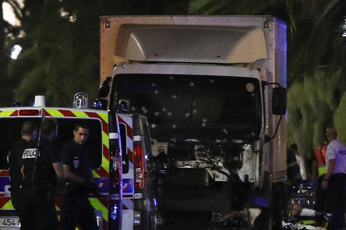 Multitud atropellada en Francia