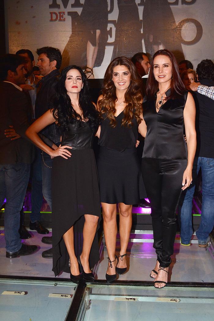 Ximena Herrera, Mayrín Villanueva , Alejandra Barros