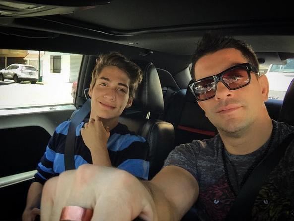 Yahir y su hijo Tristán