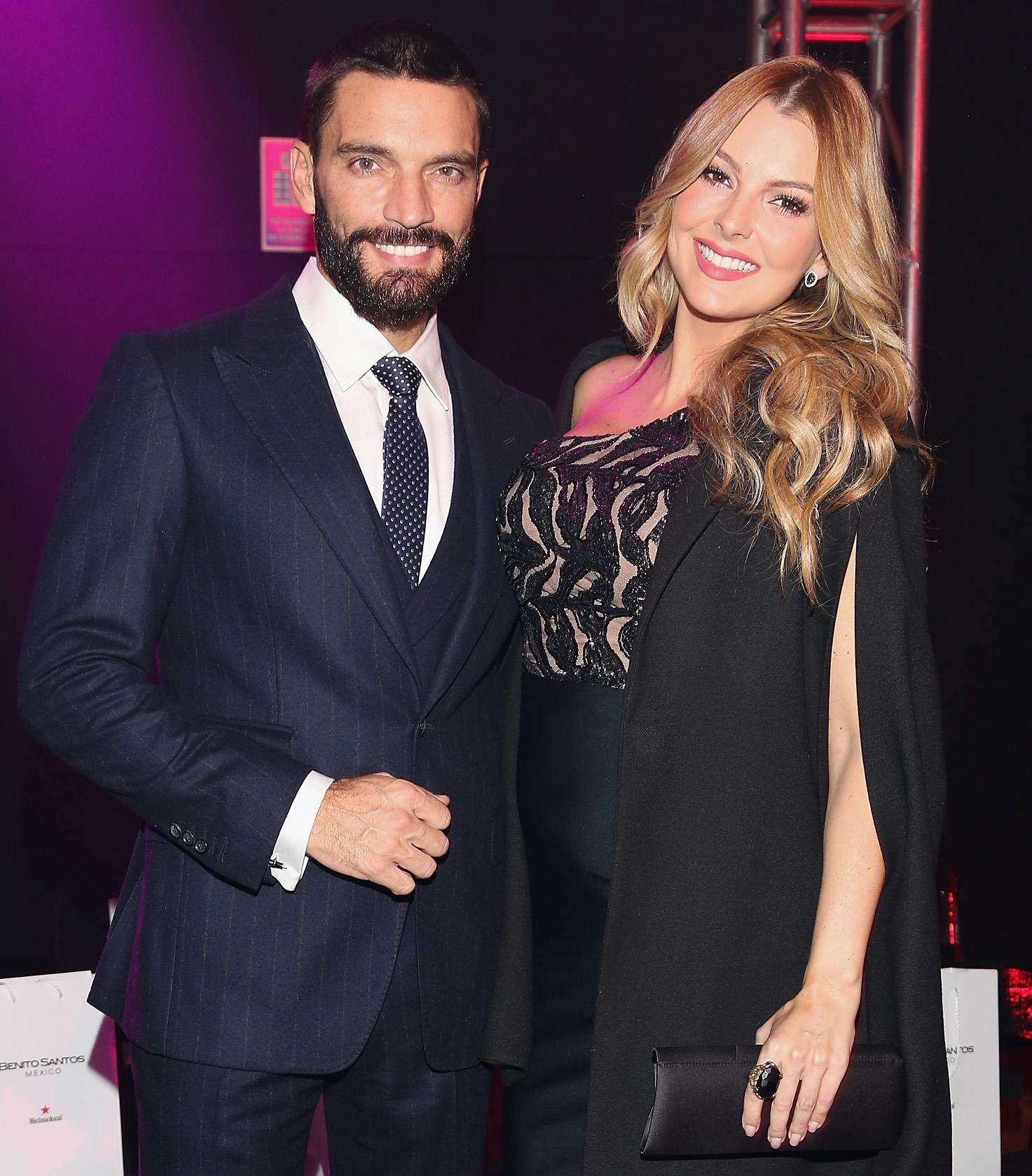 Julian Gil y Marjorie de Sousa