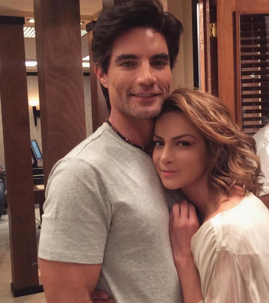 Silvia Navarro y Víctor González