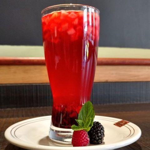 Bebida de frutos rojos