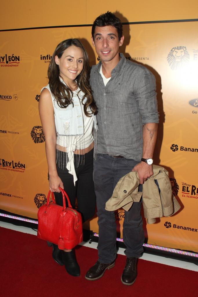 Zuria Vega y su esposo Alberto Guerra