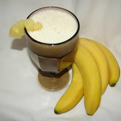 Licuado de piña y plátano