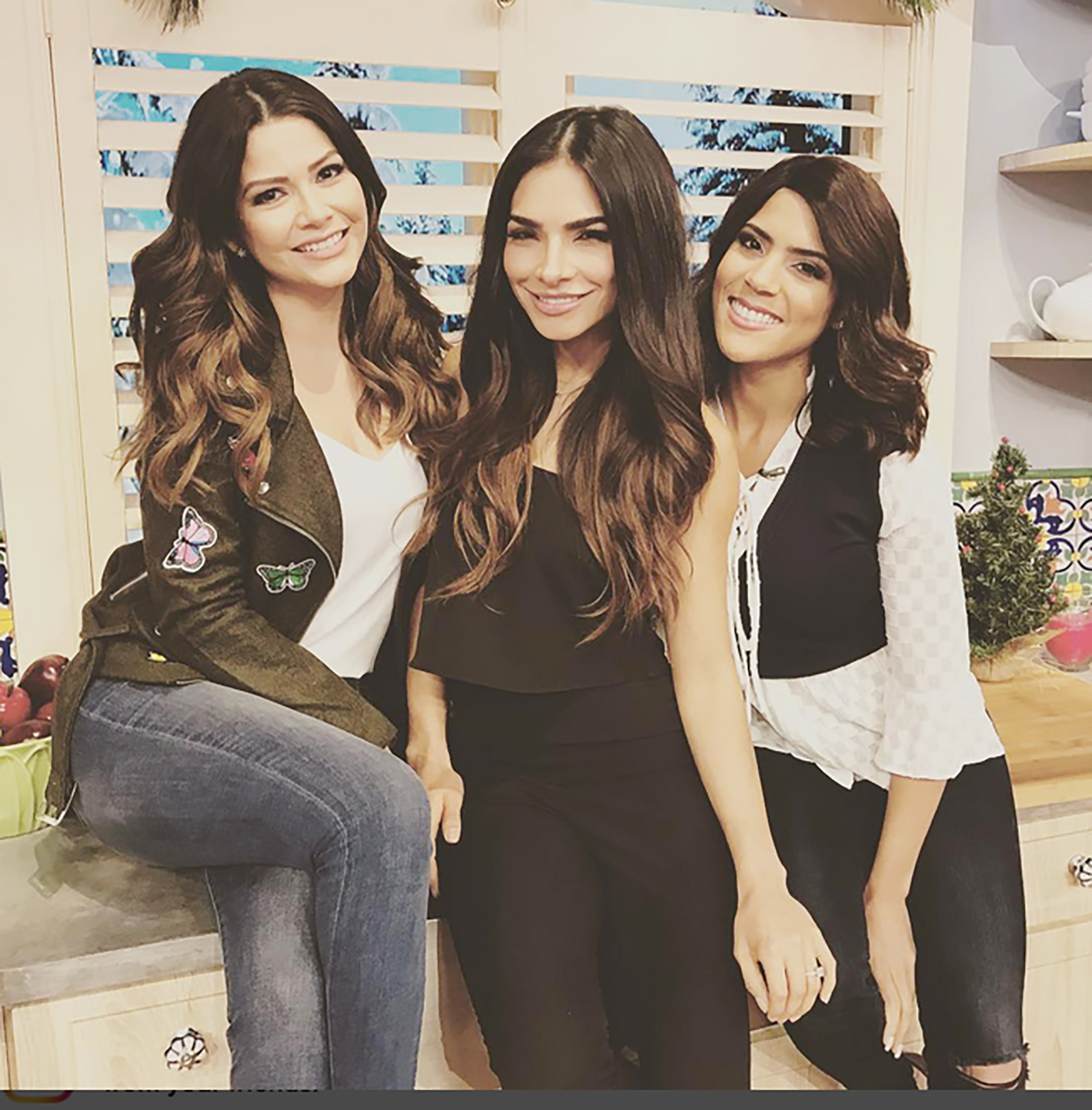 Ana Patricia, Alejandra Espinoza y Francisca Lachapel