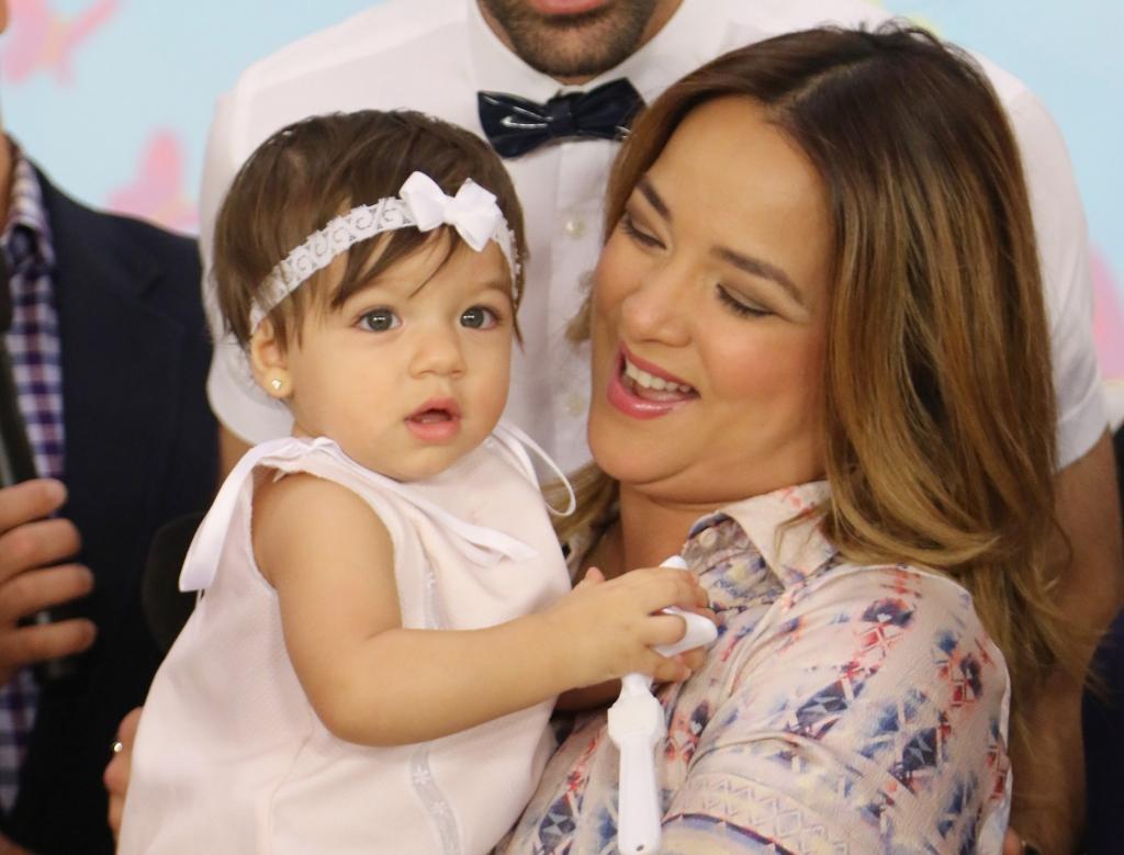 Adamari Lopez y Alaia