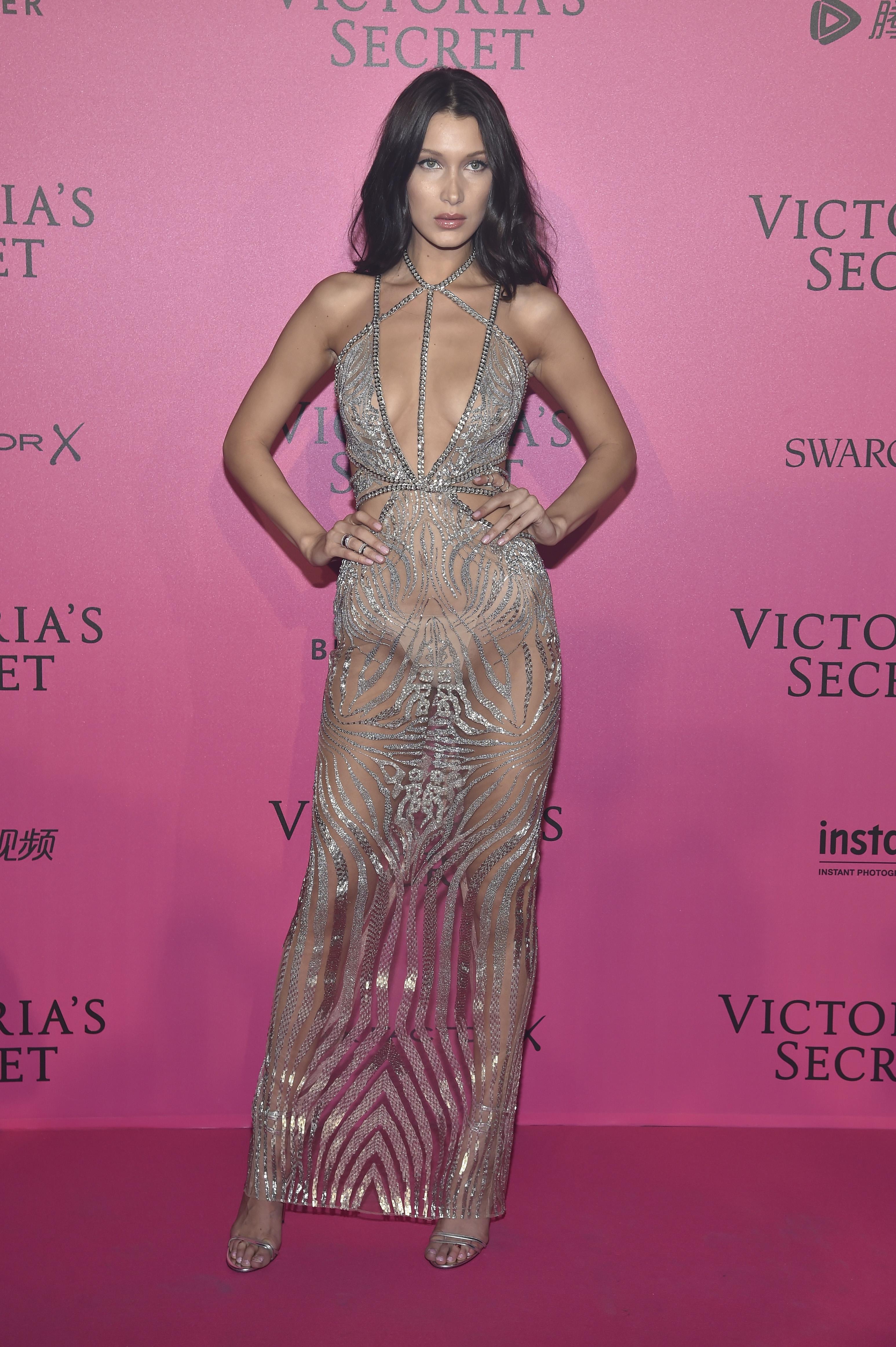 Bella Hadid en el after party de Victoria's Secret