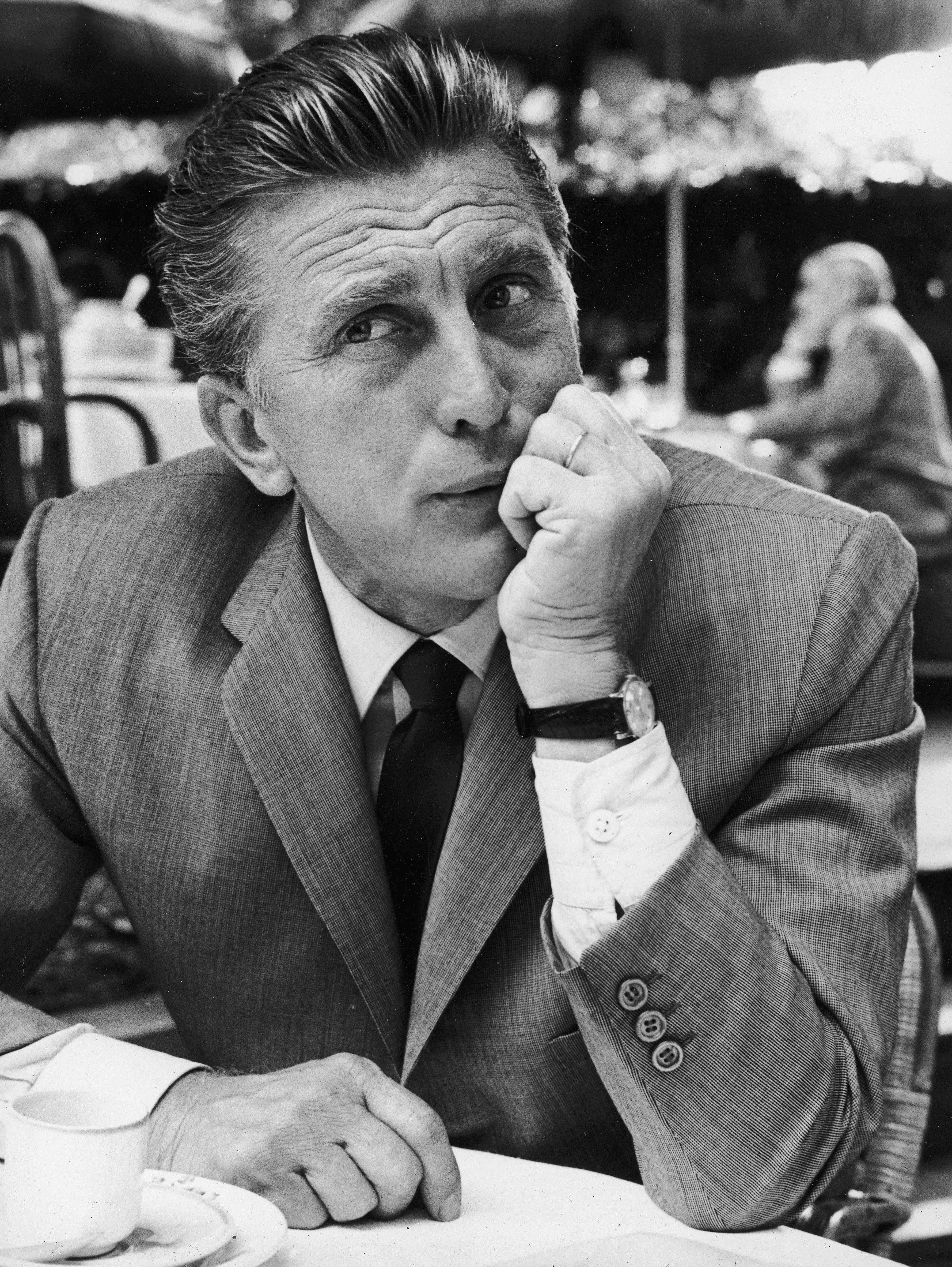 Kirk Douglas (born in 1916), American actor. (Photo by Jean-Regis Rouston/Roger Viollet/Getty Images)