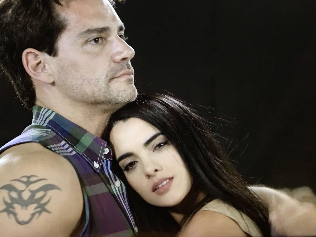 Cristián de la Fuente y Mayrín Villanueva