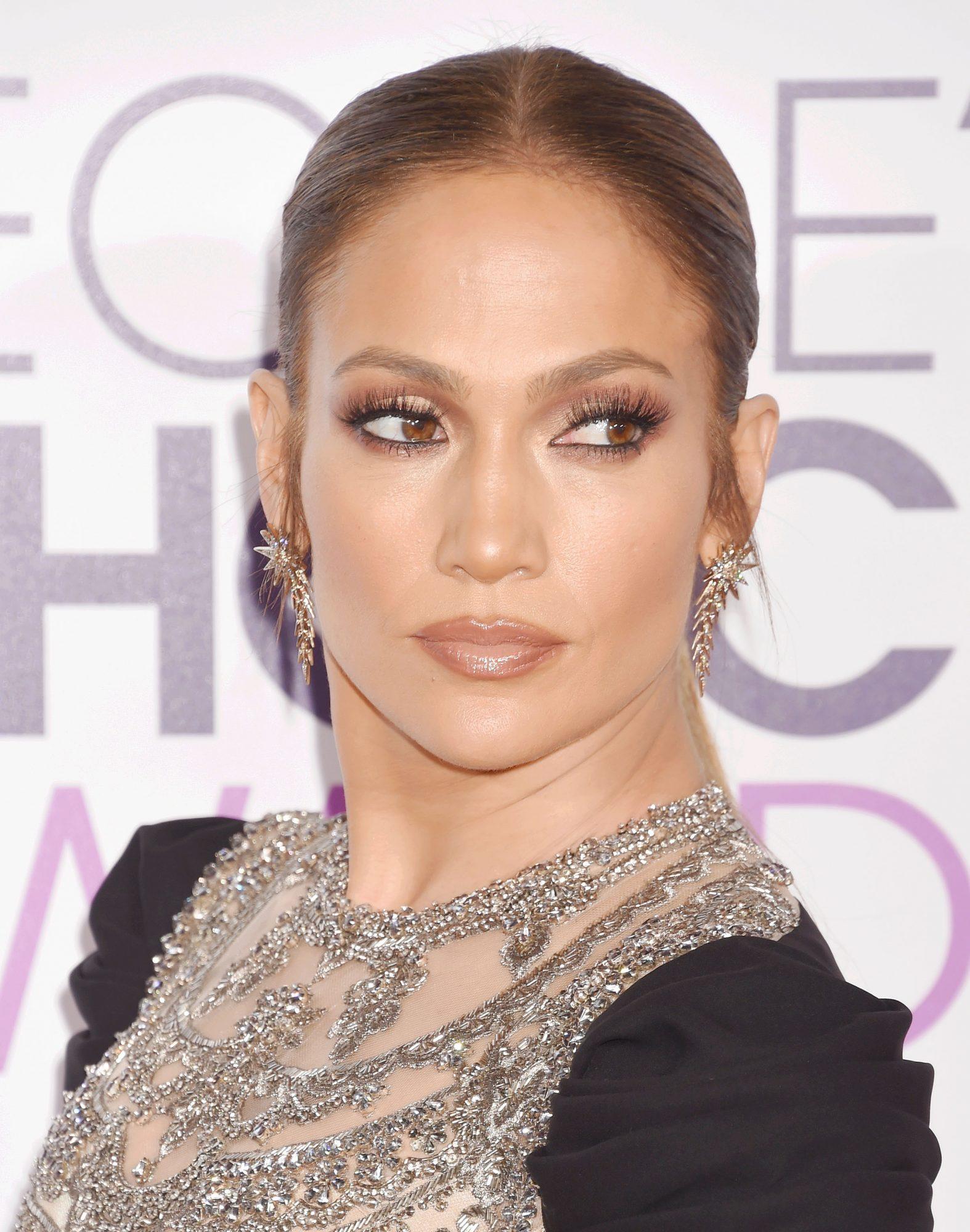Jennifer López, maquillaje People's Choice Awards