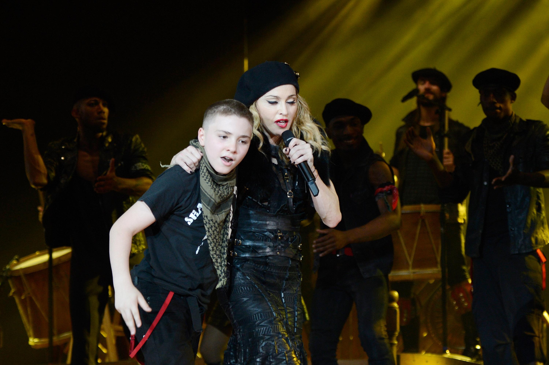 Rocco Ritchie y Madonna