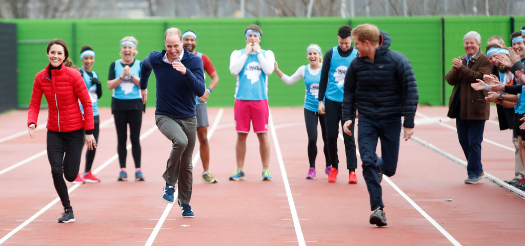 LONDON, ENGLAND - FEBRUARY 05: Catherine, Duchess of Cambridge, Prince William, Duke of Cambridge and Prince Harry race during a Marathon Training Day with Team Heads Together at the Queen Elizabeth Olympic Park on February 5, 2017 in London, England. (Photo by Alastair Grant - WPA Pool/Getty Images)