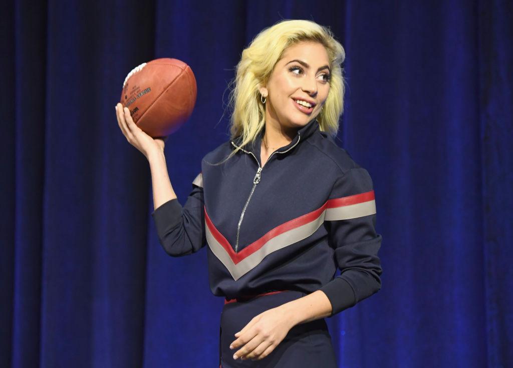 Lady Gaga en conferencia de prensa del Super Bowl 2017